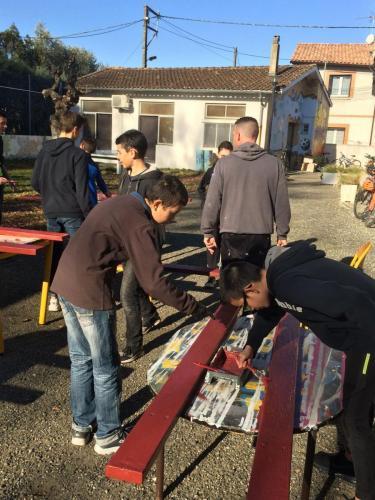 PAJ chantiers loisirs fev 2019 renovation bancs 03