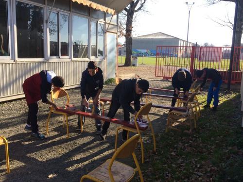 PAJ chantiers loisirs fev 2019 renovation bancs 05