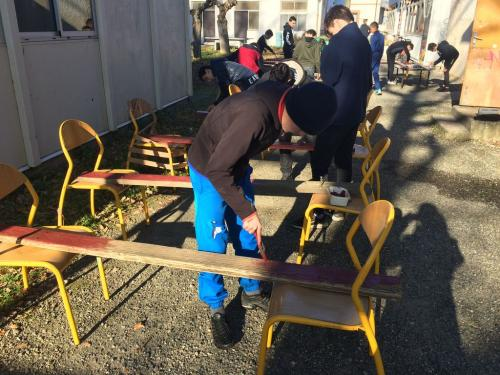 PAJ chantiers loisirs fev 2019 renovation bancs 21